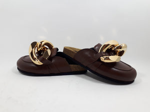 Chain loafers in cola brown
