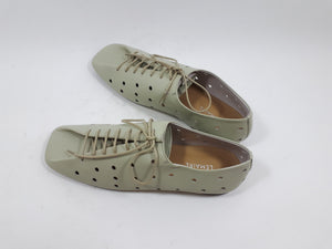 Flat derbie shoe in moss green