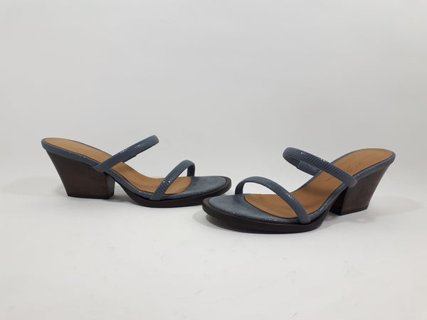 Mule in blue grey