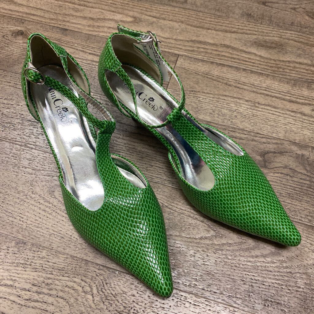 Size 8.5: NEW Bright Green Snake Skin T-Strap Heels