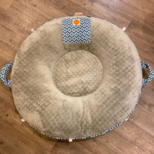 Load image into Gallery viewer, Pello Infant Lounger *retail $130