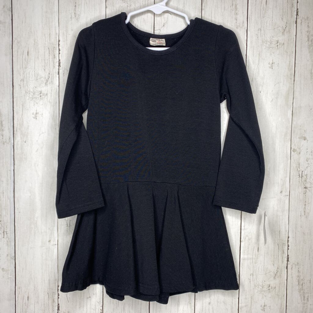 3/4: Black L/S Swing Dress