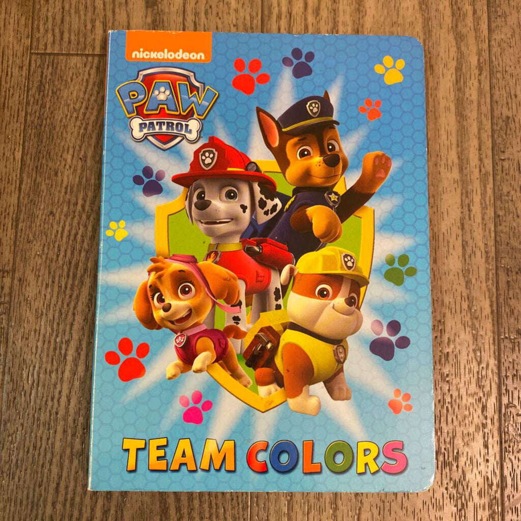 Used Book - Paw Patrol Team Colors