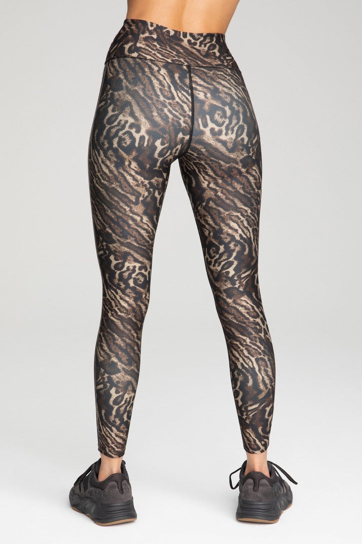 ATHLETIC PRINT 7/8 LEGGING