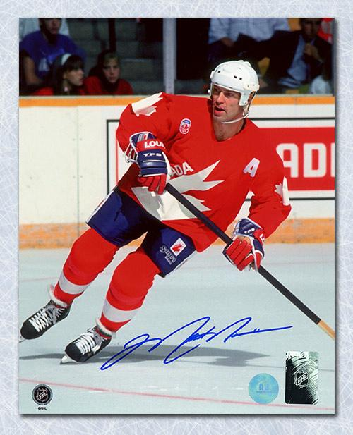 Mark Messier Team Canada Autographed Canada Cup 8x10 Photo Framed