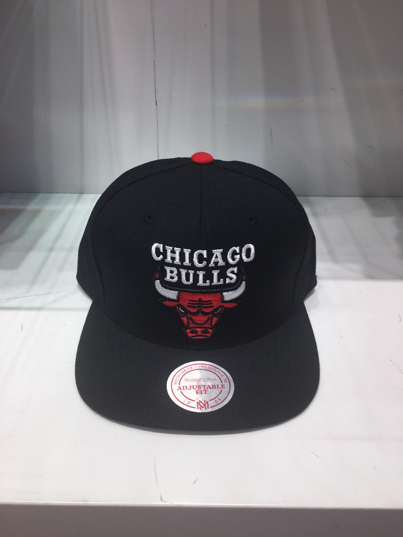 Chicago Bulls Wool Solid 2 Snapback