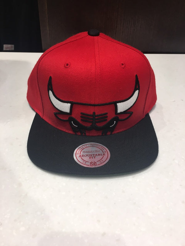 Chicago Bulls XL Cropped Snapback Hat