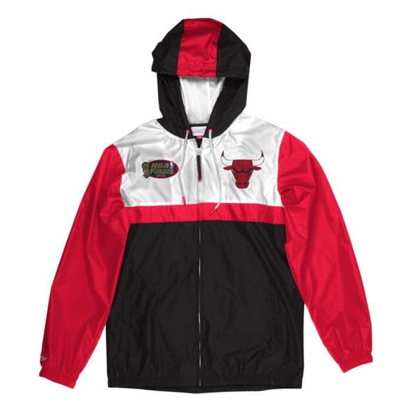 Chicago Bulls Margin of Victory Windbreaker