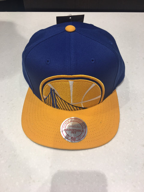 Golden State Warriors XL Cropped Logo Snapback Hat