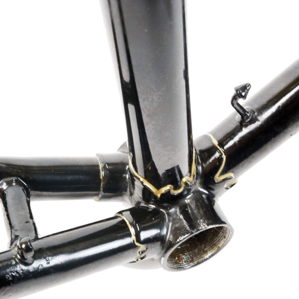 Carlton black frame bottom bracket shell