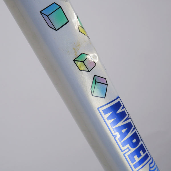 A Colnago Mapei Team frame, in blue and white, from the top tube zoomed in agle 2