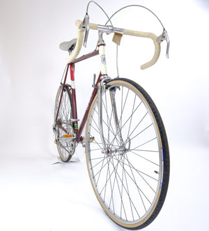 Carlton red & cream 58cm bike side profile