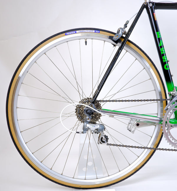 Basso Loto Green 52cm rear wheel and cassette.