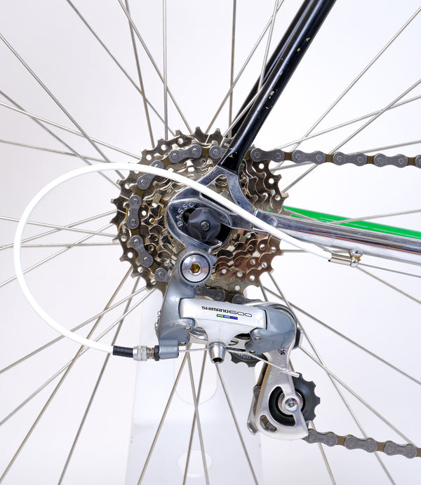 Basso Loto Green 52cm rear cassette and derailleur closeup.