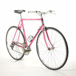 Pink Diamant Bicycle from a diagonal angle