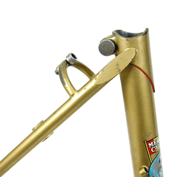 Mercian step through gold seat clamp and red lug lining