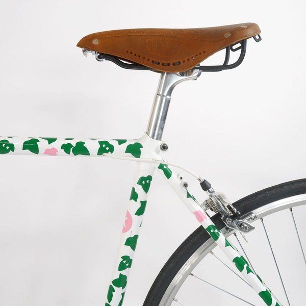 Tokyo fixed single speed bike, white with green leaves 50cm, seat tube and saddle