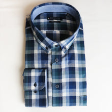 Load image into Gallery viewer, Giordano Shirt Check