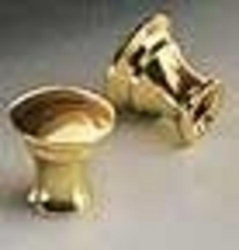 F401 - 10mm x 10mm Small Brass Knob