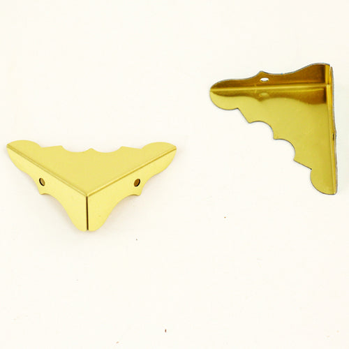 S721 - Decorative Brass Corners