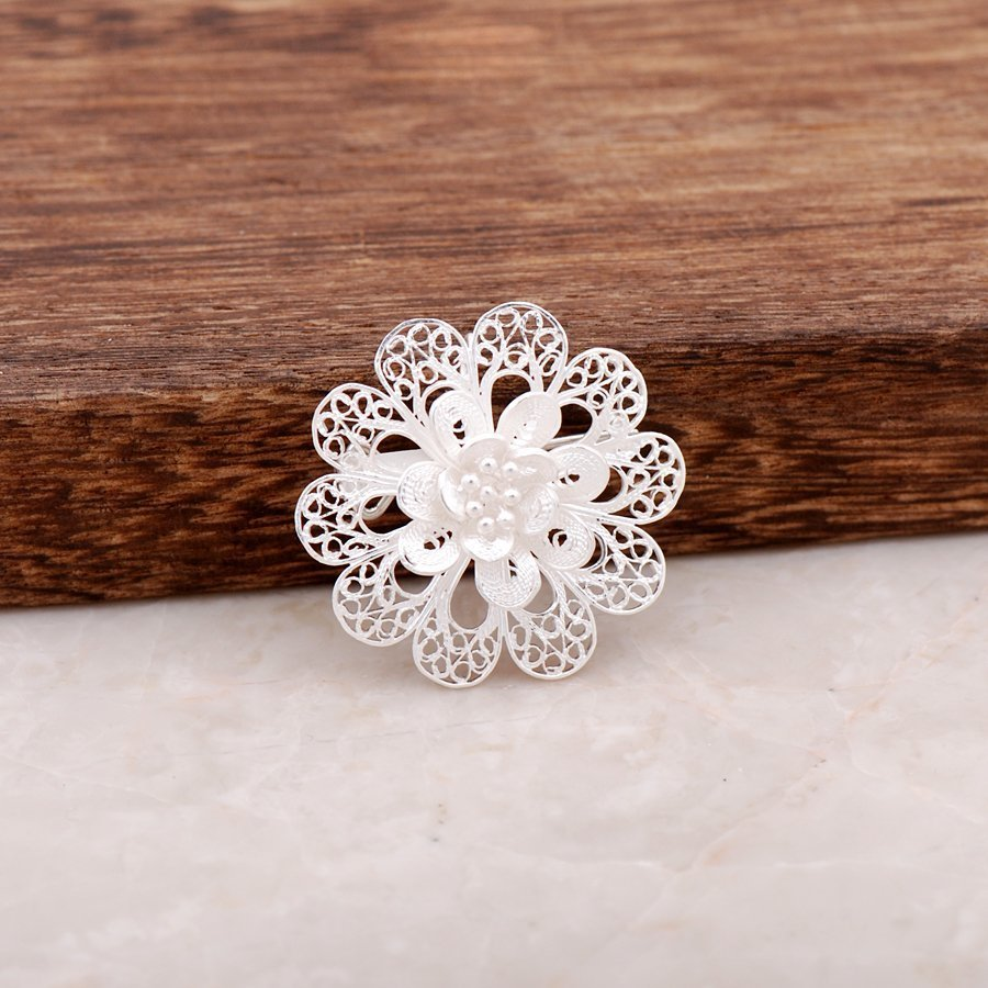 Flower Design Finely Embroidered Silver Brooch