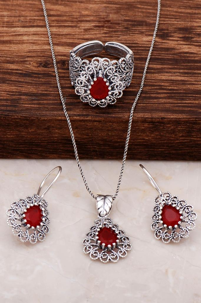 Highly Detail-Oriented Root Ruby Stone Silver Drop Set