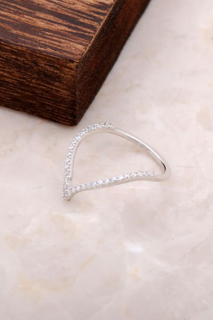 Zircon Stone Design Silver Ring