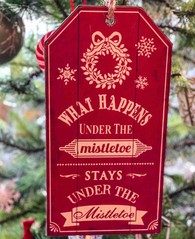 Mistletoe Wooden Hanging Sign