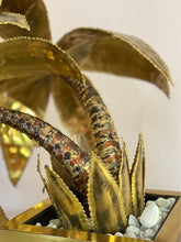 Load image into Gallery viewer, Maison Jansen ~ Brass palm lamp