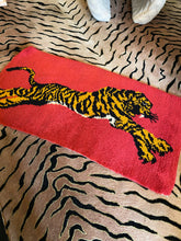 Load image into Gallery viewer, 1960s pink tiger print rug ~ 100% wool