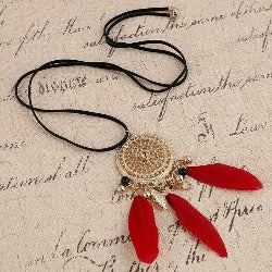 Collier attrape rêve rouge