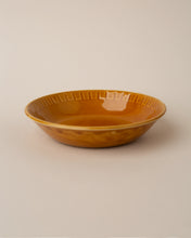 Load image into Gallery viewer, Vintage ceramic bowls