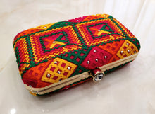 Load image into Gallery viewer, Phulkari Clutch