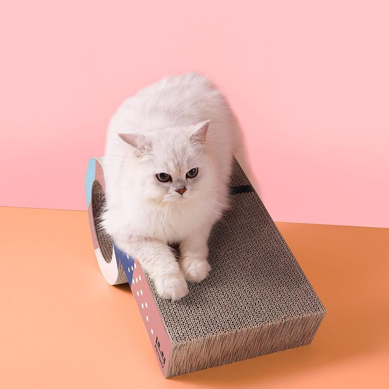 PS005 Cats Scratching Board