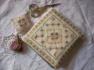 Treasure Christmas Sewing Set (2007)