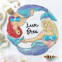 Live Free(Photo courtesy of Stacy Grant www.stacygrant.co.uk)