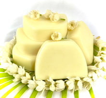 Load image into Gallery viewer, Macadamia Nut Pikake Soap