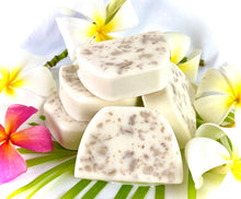 Load image into Gallery viewer, Plumeria Oats Soap