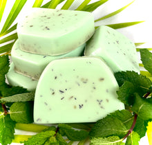 Load image into Gallery viewer, Aloe Vera Mint Soap