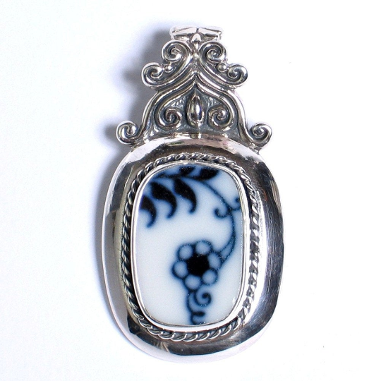 Broken China Jewelry Blue Danube Lipper Flower Sterling Scroll Top Pendant