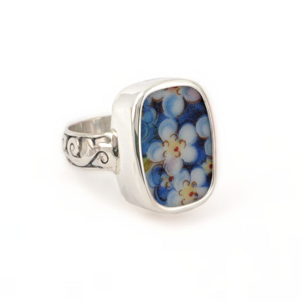 Size 7 Broken China Jewelry Blue Forget Me Not Flowers Sterling Ring