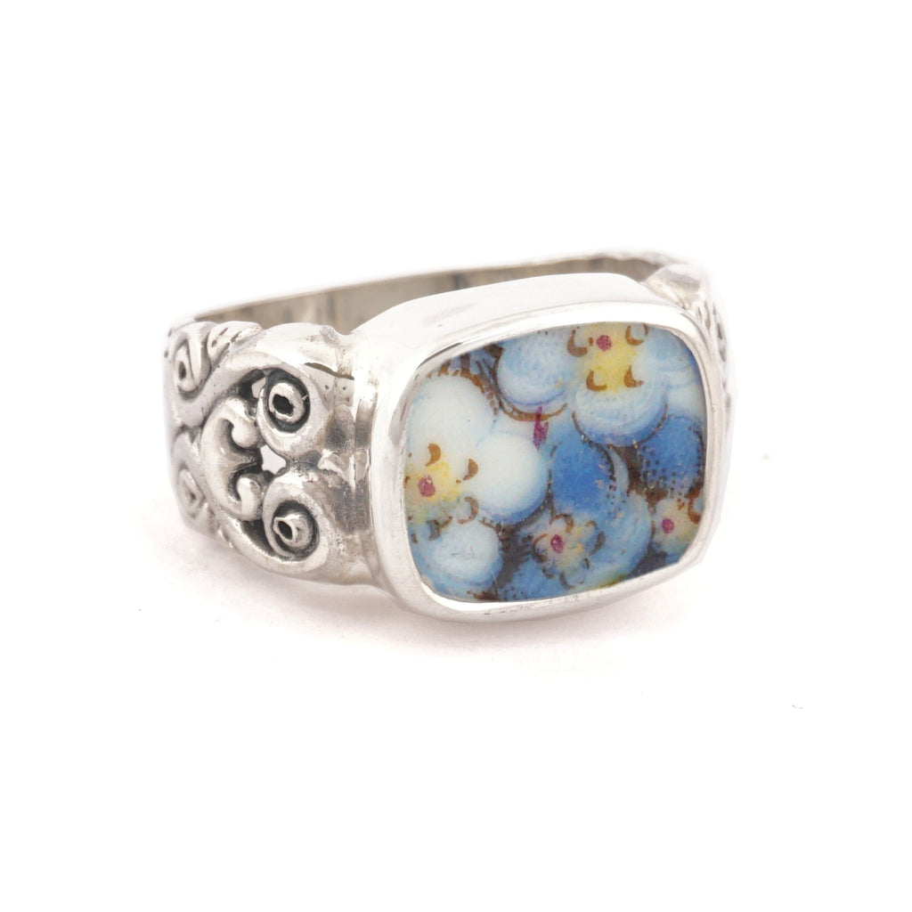 SIZE 7 Broken China Jewelry Blue Forget Me Not Flowers Carved Sterling Ring