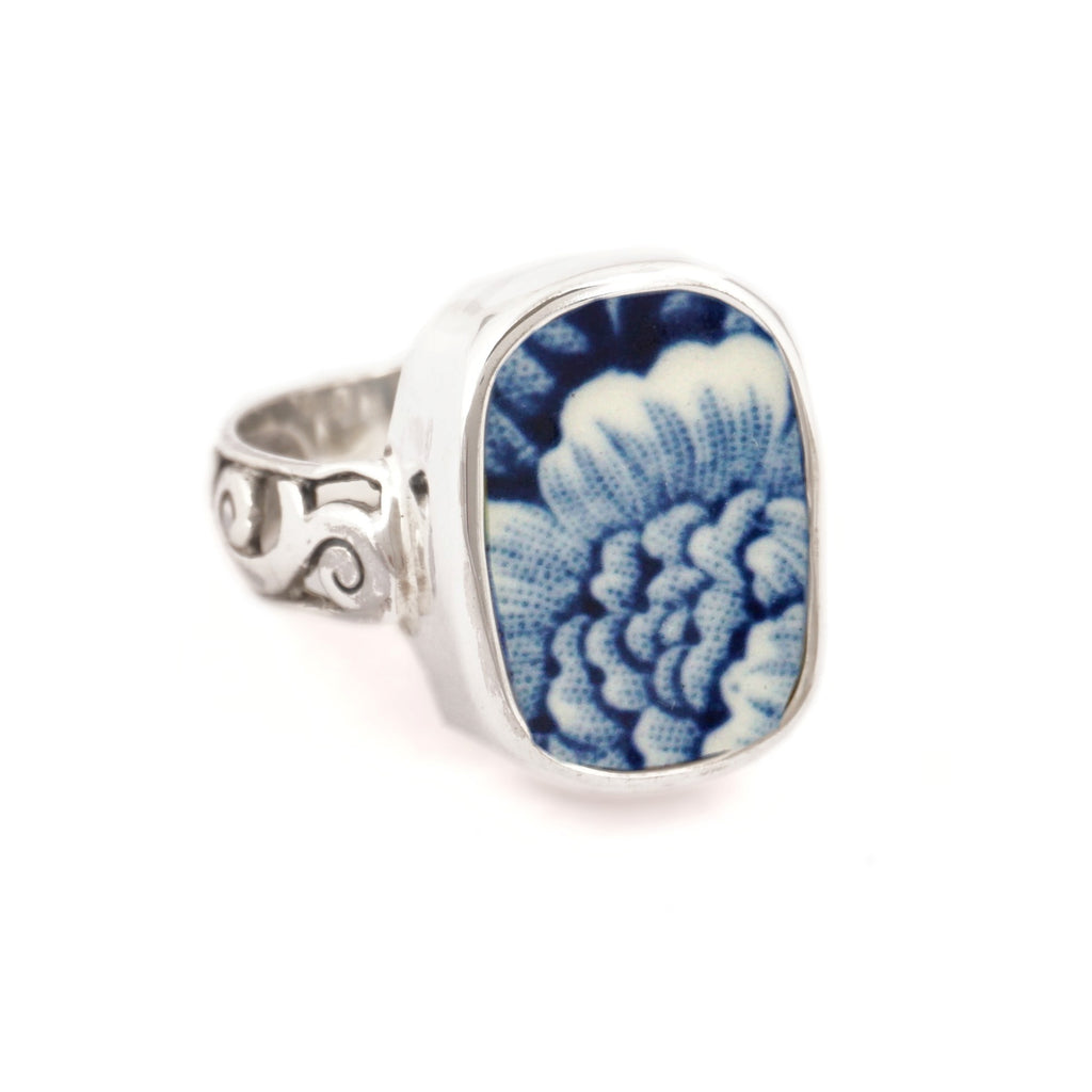 SIZE 9 Broken China Jewelry Royal Warwick Lochs of Scotland Blue Flower Sterling Ring