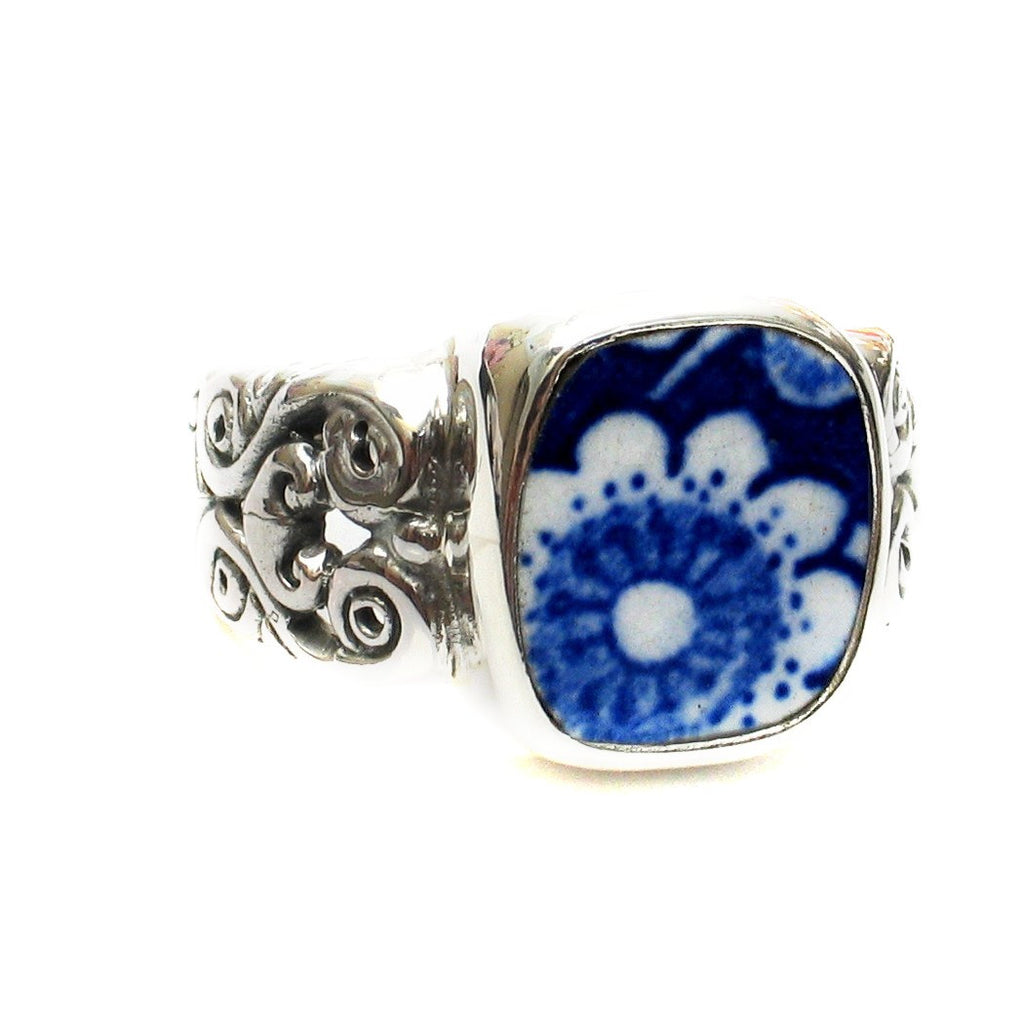 Size 9 Burleigh Blue Calico i Flowers Sterling Ring - Vintage Belle Broken China Jewelry