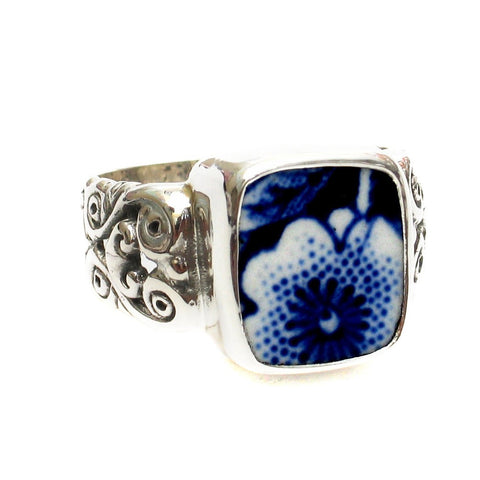 Size 9.5 Burleigh Blue Calico X Flowers Sterling Ring - Vintage Belle Broken China Jewelry