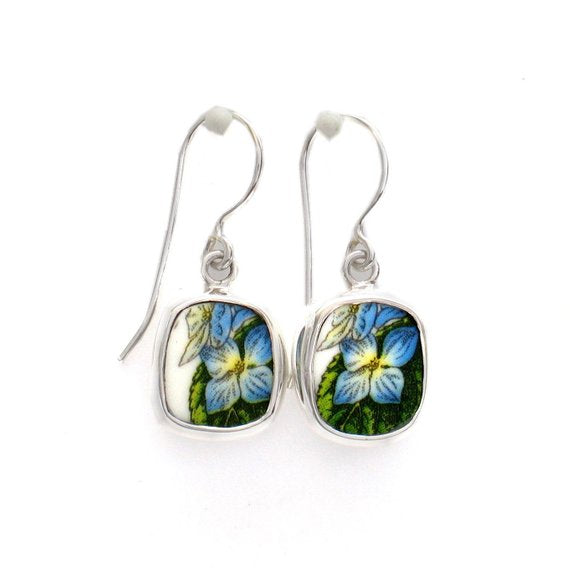 Broken China Jewelry Portmeirion Botanic Garden Blue Hydrangea Flower Blossom Earrings