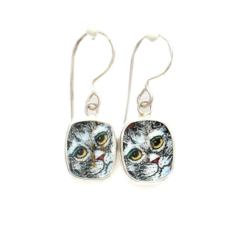 Broken China Jewelry Kitty Cat P Grey Gray Cat w Amber Eyes Sterling Dangle Earrings