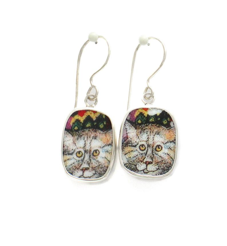 Broken China Jewelry Kitty Cat U Striped Cat with Zigzag Hat Sterling Dangle Earrings