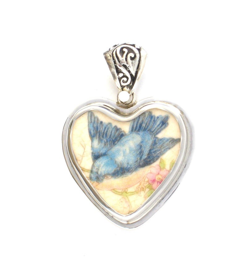 Broken China Jewelry Vintage Fluffy Blue Bird Bluebird Profile Left Facing Sterling Heart Pendant