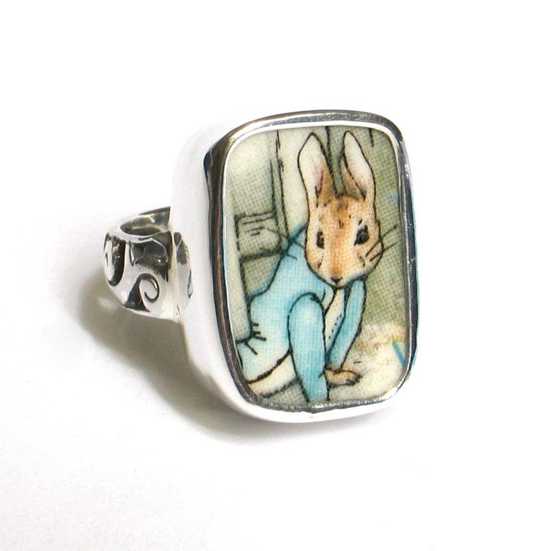 Size 7 Broken China Jewelry Beatrix Potter Peter Rabbit Under the Fence Sterling Ring
